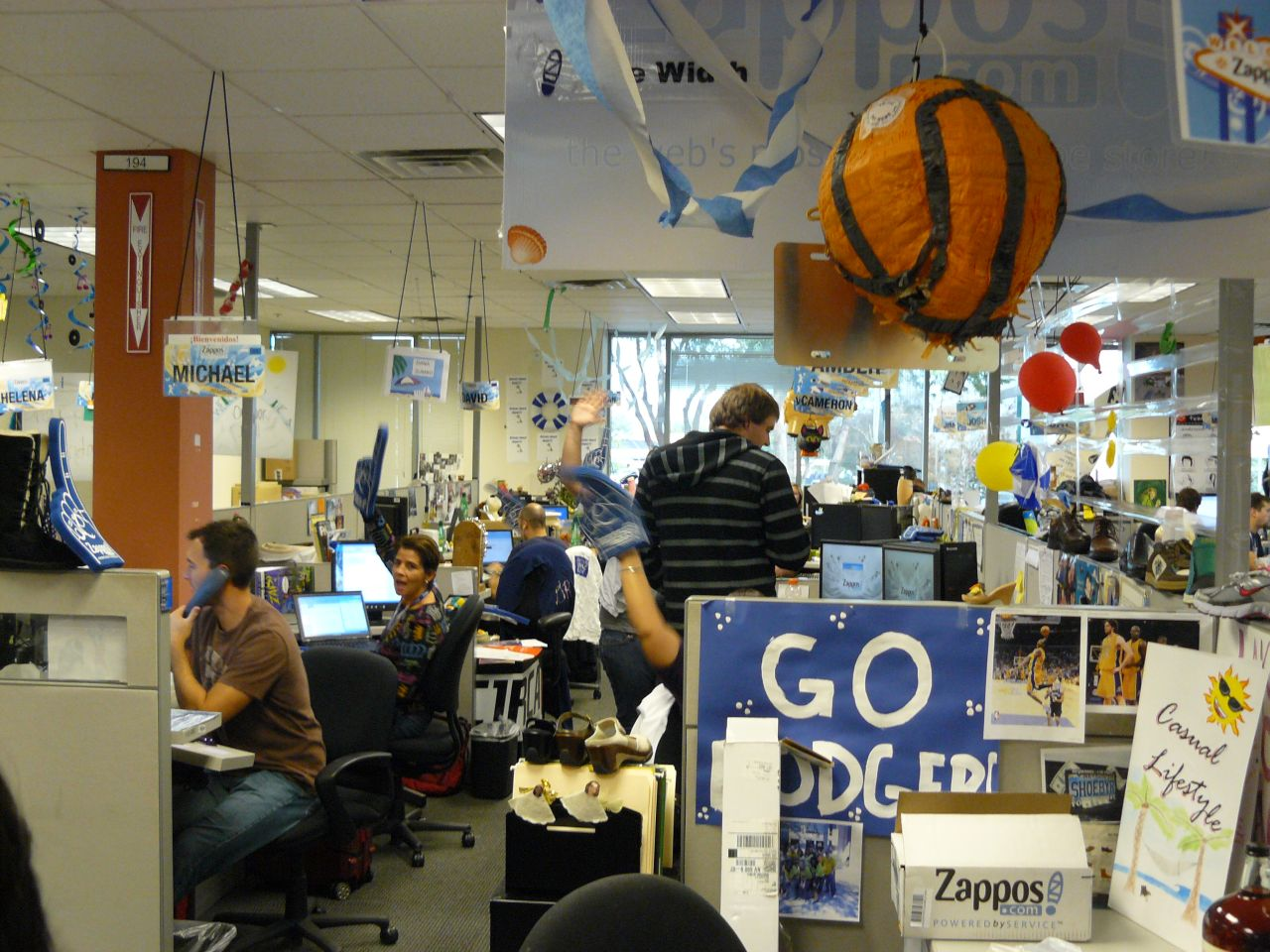 About Zappos Culture